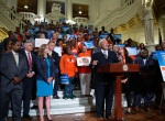 September 24, 2019: Senator Anthony H. Williams joins hundreds of advocates crowded the Main Rotunda today to call for long-overdue reforms to Pennsylvania's punitive system of probation and parole.